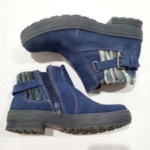 Earth Origins Water resistant Tate Blue Size 5